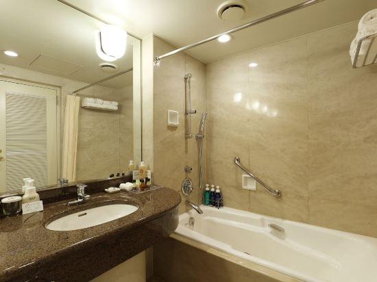 西鐵格蘭酒店(Nishitetsu Grand Hotel)高級大床房