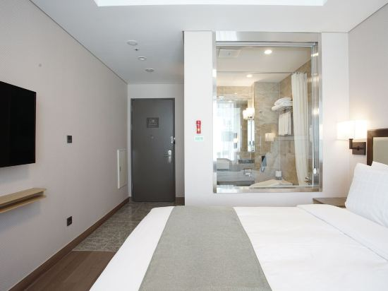 釜山斯坦福酒店(Stanford Inn Busan)家庭雙床房