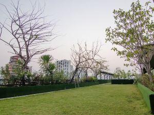 素坤逸路8號希望之地酒店(Hope Land Hotel Sukhumvit 8)
