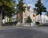 庫普瑞申酒店