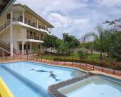 尼科斯公園度假村及公寓酒店