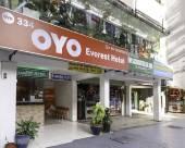 吉隆坡334頂峯OYO客房酒店