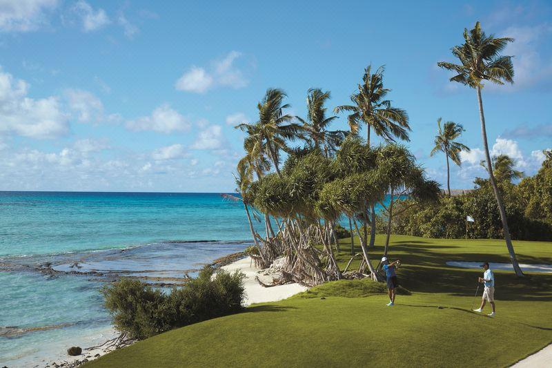 golf course, Shangri La's Villingili Resort & Spa