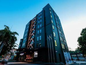 拉西精品酒店(LAX Boutique Hotel)