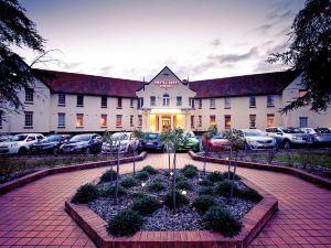 堪培拉美居酒店(Mercure Canberra)