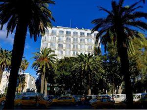 拉梅森布蘭奇酒店(Hôtel La Maison Blanche)