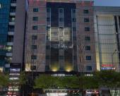 雷克斯酒店