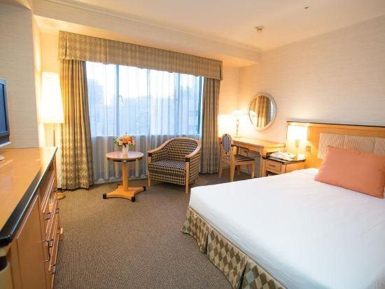 名古屋東急大酒店(Tokyu Hotel Nagoya)高級大床房