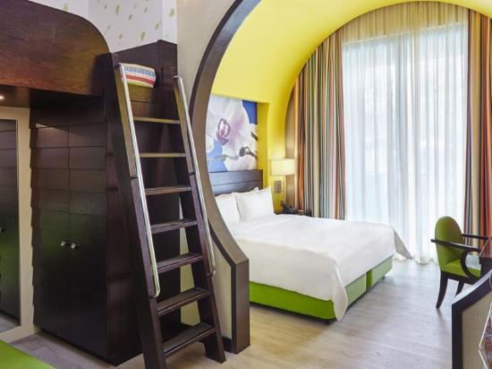 新加坡聖淘沙名勝世界節慶酒店(Resorts World Sentosa-Festive Hotel Singapore)