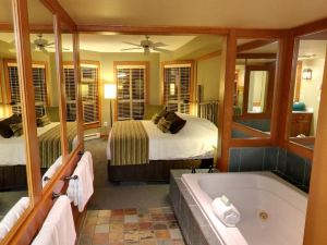 惠斯勒恩巴克鉆石度假酒店(Embarc Whistler by Diamond Resorts)