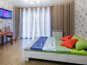 9 Nights Apartment on Semyi Shamshinykh 90/5 - 15
