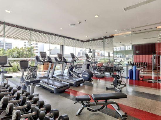 曼谷素坤逸希爾頓逸林酒店(DoubleTree by Hilton Sukhumvit Bangkok)健身娛樂設施