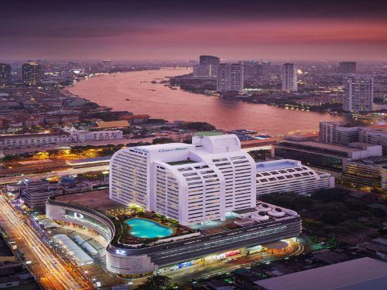 是隆中央酒店(Centre Point Silom)外觀