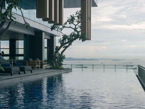 曼特海灘酒店(Mytt Beach Hotel)室外游泳池