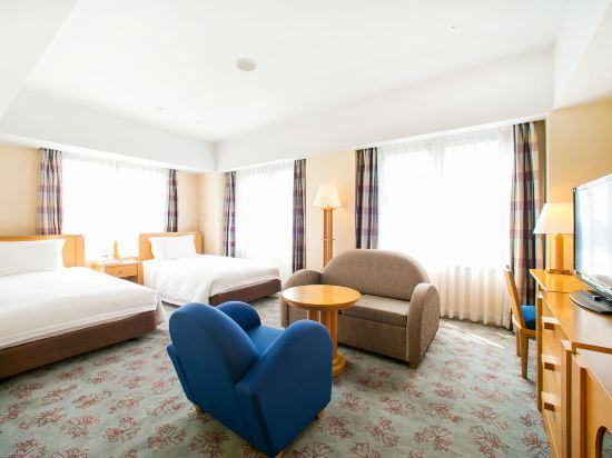 福岡凱悅酒店(Hyatt Regency Fukuoka)俱樂部轉角雙床房帶沙發床