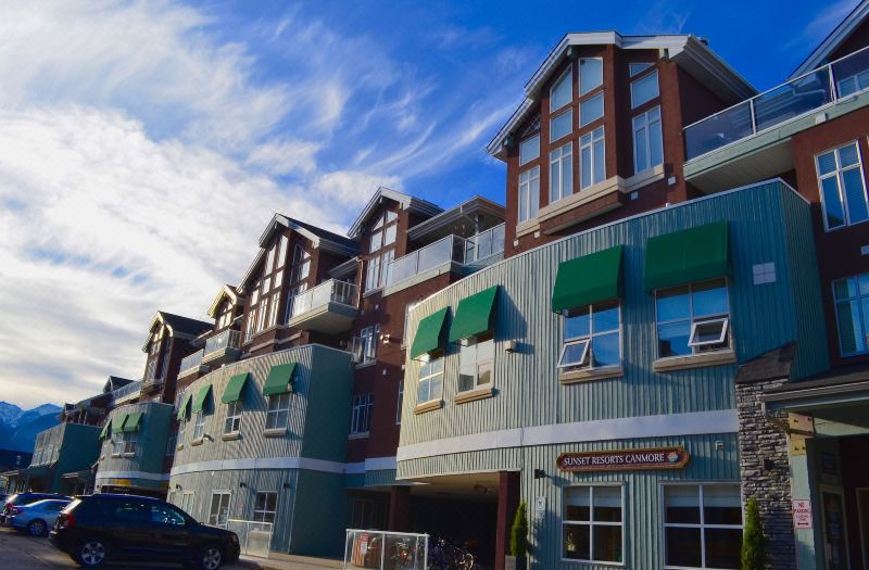 Sunset Resorts Canmore And Spa Hotel Reviews And Room Rates
