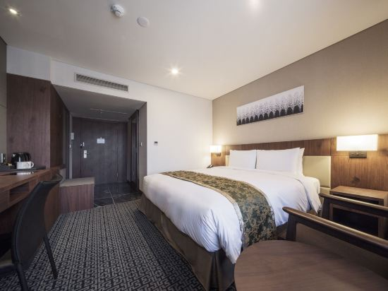 首爾帝馬克豪華酒店明洞(Tmark Grand Hotel Myeongdong)豪華大床房