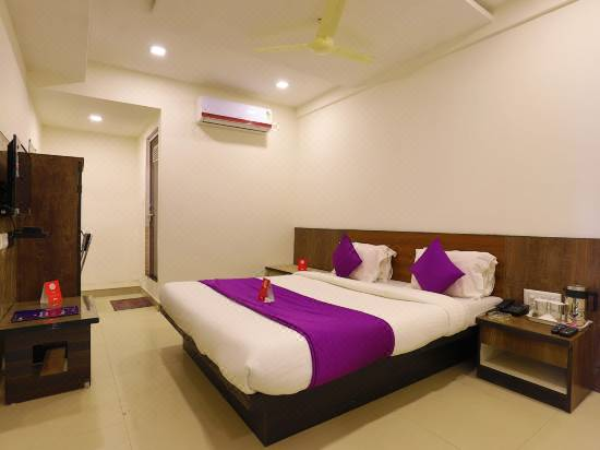 Oyo 9591 Hotel Neel Kamal Reviews For 3 Star Hotels In Ahmedabad Trip Com