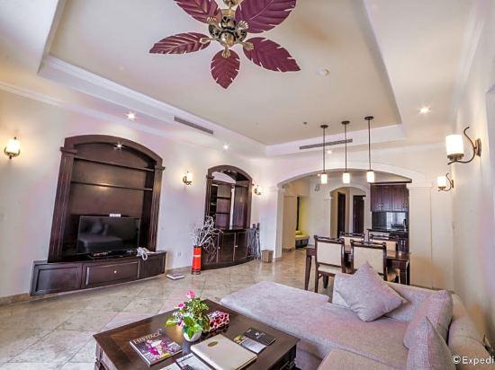 奧拉尼度假公寓酒店(Olalani Resort & Condotel)別墅帶私人泳池