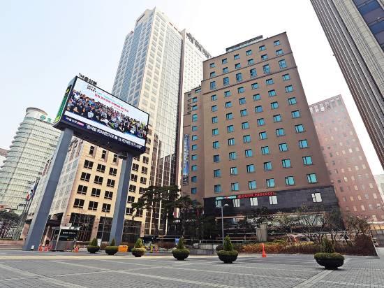 新國際酒店