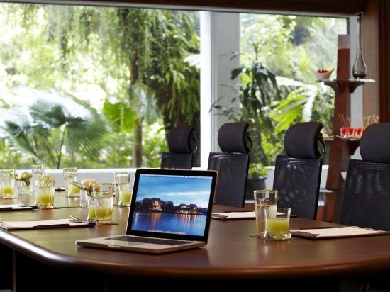 曼谷河畔安納塔拉度假酒店(Anantara Riverside Bangkok Resort)會議室
