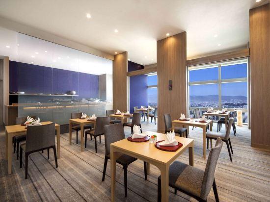 福岡海鷹希爾頓酒店(Hilton Fukuoka Sea Hawk)餐廳