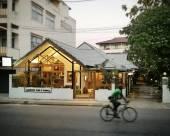 班諾蒲亮酒店