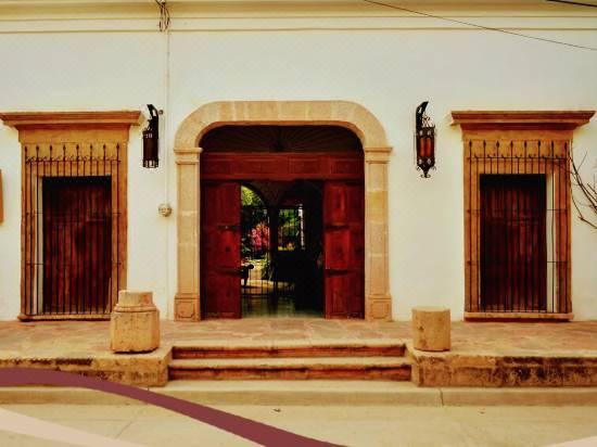 Hotel Torres Del Fuerte Reviews