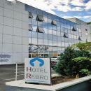 薩格勒布雷布羅酒店(Hotel Rebro Zagreb)