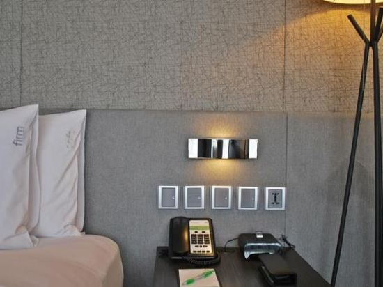 曼谷素坤逸假日酒店(Holiday Inn Bangkok Sukhumvit)行政客房