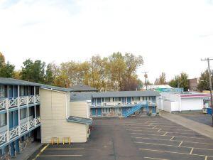 科瓦利斯大學汽車旅館(University Inn Corvallis)
