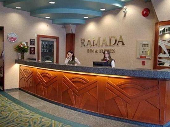 華美達温德姆華市中心酒店(Ramada Vancouver Downtown)公共區域