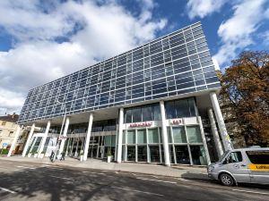 多林空曼赫姆酒店(Dorint Kongresshotel Mannheim)