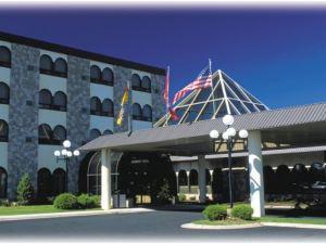 弗雷德里克頓酒店(The Fredericton Inn)