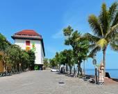 新加拉惹酒店