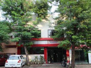 里迪西提酒店(Hotel Riddhee Siddhee)