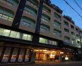 芳泉鶴酒店