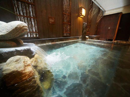 名古屋榮多米豪華酒店(Dormy Inn Premium Nagoya Sakae)室內游泳池