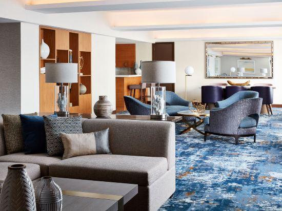 紐約市中心希爾頓酒店(New York Hilton Midtown)大堂吧