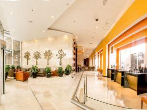 波哥大機場假日酒店