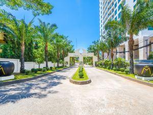 芭堤雅私人海灘雄偉泳池別墅(Private Beach Majestic Pool Villa Pattaya)