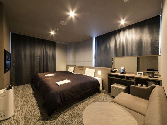 三交酒店名古屋新幹線口別館(Sanco Inn Nagoya Shinkansen-Guchi Annex)豪華雙床房(好萊塢)