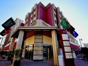 梅納利雅得酒店