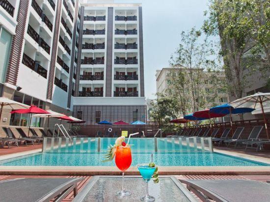 芭堤雅宜必思酒店(Ibis Pattaya)室外游泳池