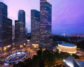新加坡康拉德港麗酒店 (Staycation Approved)