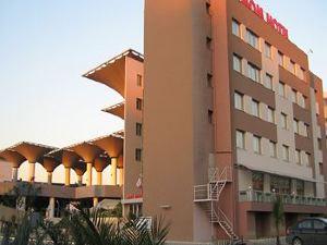 馬姆酒店(Mom Hotel)