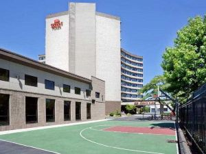 波特蘭市區會議中心皇冠假日酒店(Crowne Plaza Hotel Portland-Downtown Convention Center)