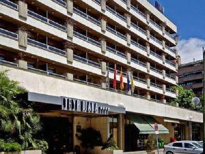 巴拉哈斯參議員酒店(Senator Barajas)
