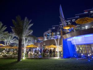 安瓦吉群島麥納賣藝術酒店(Art Rotana Amwaj Islands Hotel)