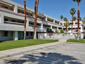 棕櫚泉市區速6號汽車旅館(Motel 6 Palm Springs Downtown)